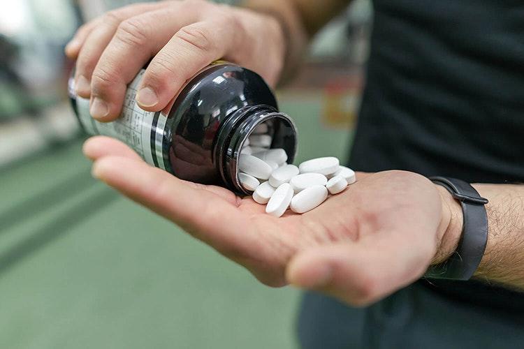 Thực phẩm bổ sung thường không trải qua các tiêu chuẩn nghiên cứu nghiêm ngặt cần có của các dược phẩm