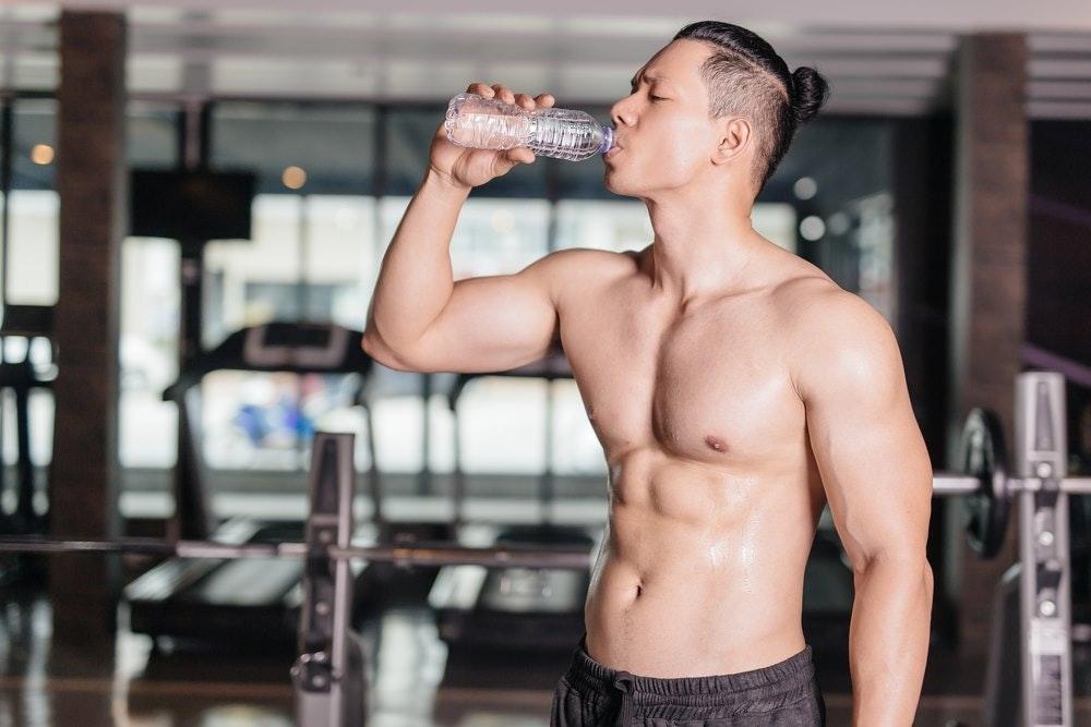 Giữ đủ nước cho cơ thể