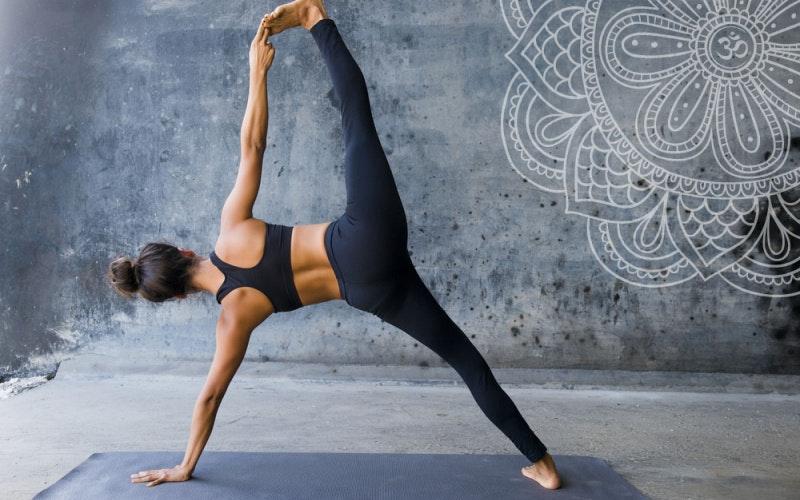 tập power yoga