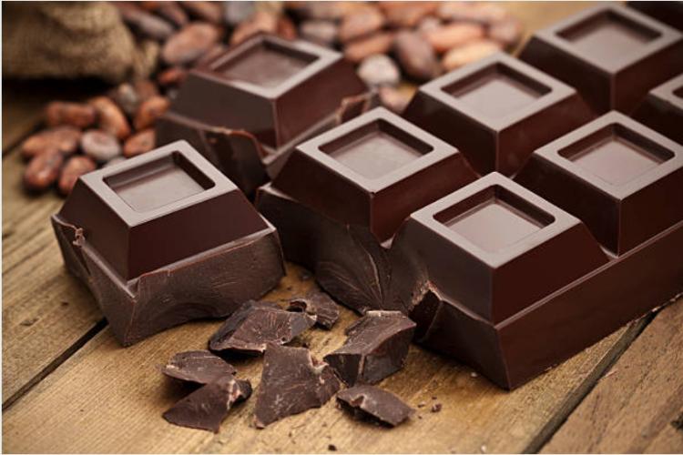 Chocolate đen với hàm lượng 70% trở lên sẽ giàu dinh dưỡng và có nhiều hiệu quả hơn khi sử dụng